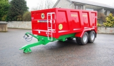 QM/8 Monocoque Trailer with Bespoke Wings and 500/50x17 Wheels