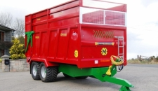 QM/1400 Monocoque Trailer Bespoke Green Chassis, Inspection Ladder