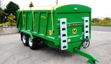 QM/12 John Deere green complete with yellow rollover cover
