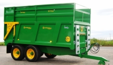 QM/11SS with Johne Deere green and yellow finish