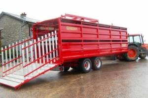 Bespoke 25' Livestock Container - Hydraulic Sheep Deck Ramps