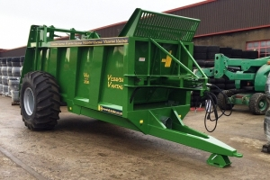 Bespoke VES/2000 Rear-discharge Spreader - John Deere Green