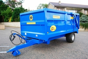 QM/6 with bespoke Newholland blue paint finish