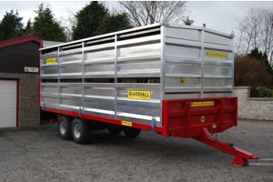 Marshall 21' aluminium livestock container on BC21 bale trailer